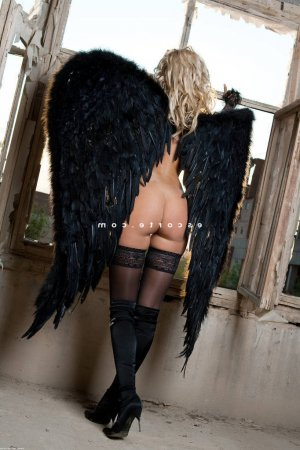 Sawssane massage naturiste escorte trans