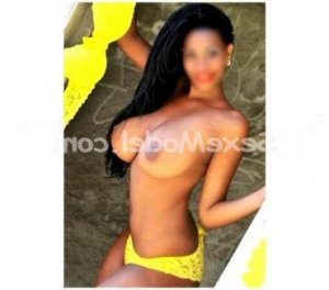 Cathalina escort girl massage club échangiste à Lannion