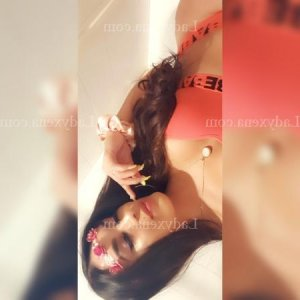 Annielle massage escorte girl boite libertine à Mamers