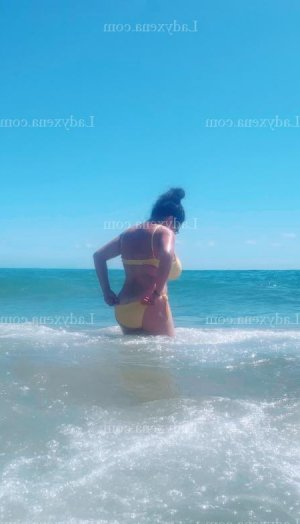 Rawda massage escorte